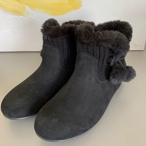 AIRWALK Black Low Sweater Booties 9